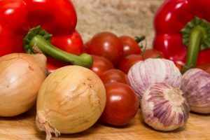 keys to healthy grocery shopping - shop fresh foods